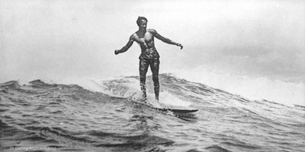 WAW7MH 1 Duke Kahanamoku surfing surf Hawaii olympics surfboard